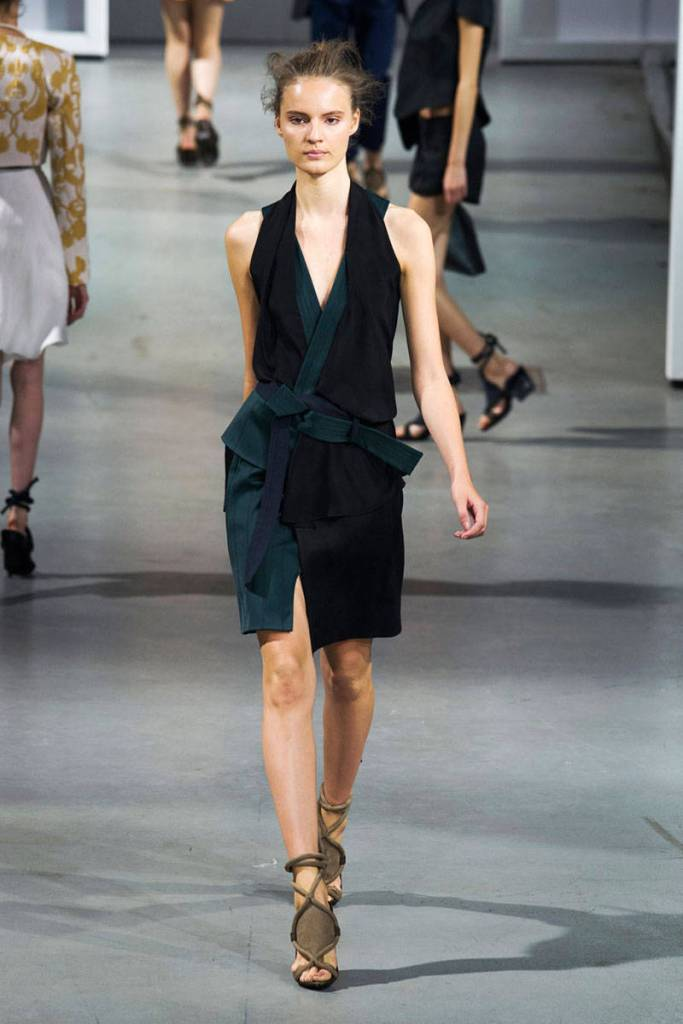 54bc1bffd6ca4_-_hbz-nyfw-ss2015-trends-japanese-04-phillip-lim-rs15-3787-lg[2]